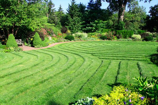 KVisokey-garden-photoWEB600w1