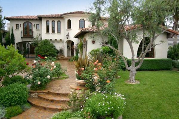 Garden-design-ideas-bushes-shape-front-yard